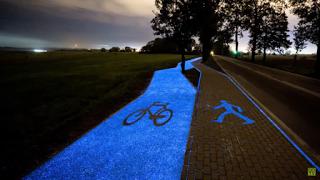 The Sun Powers This Glow-In-The-Dark Bike Path